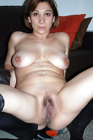 Homemade amateur mature women pics