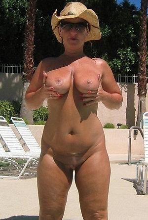 Free sexy older women pic