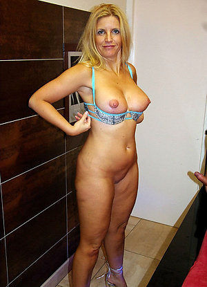 Fantastic mature slut pictures