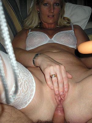 amateur invasion sexy mature women pictures