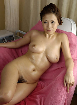 Hot mature asian women amateur pics