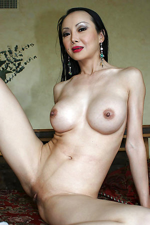 Amateur pics of older asian ladies