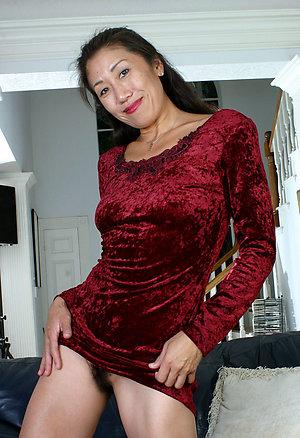 Gorgeous asian amateur wife