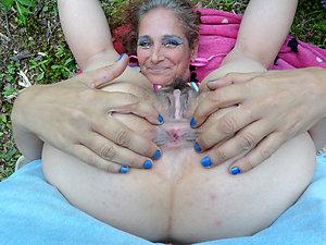Round big mature ass