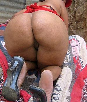 Real mature butt sex pics