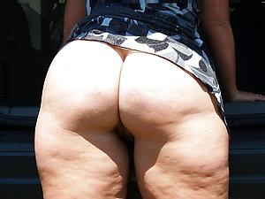 Horny mature lady ass