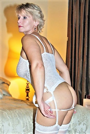 Inexperienced lovely lady lingerie pics