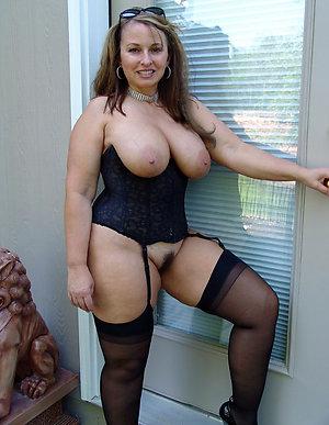 Homemade sexy milf porn pics