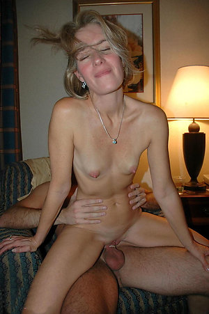 Sweet mature busty moms pics