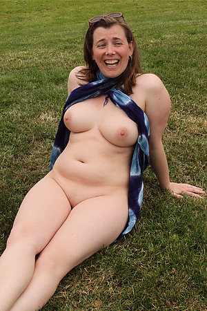 Amazing hairy mature mom amateur pics
