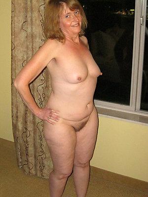 Sexy amateur mature nipple porn