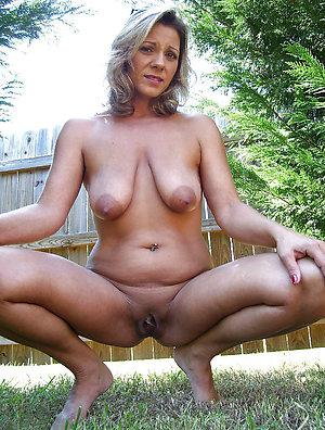 Naughty mature outdoor pics
