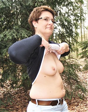 Best pics of mature women outdoors