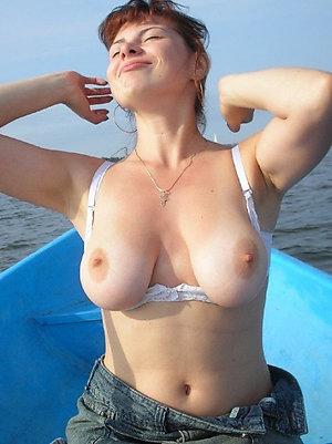 Homemade naked old women outdoors