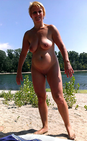 Naughty mature sex outdoors pics