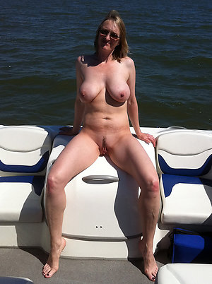 Best pics of outdoor mature sex