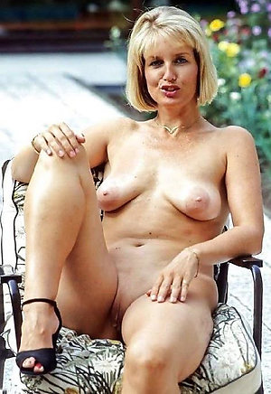 Busty outdoor mature nudes sex photo