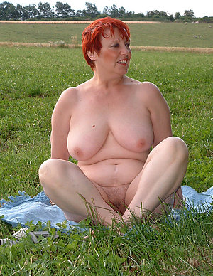 Pretty horny mature outdoor pictures