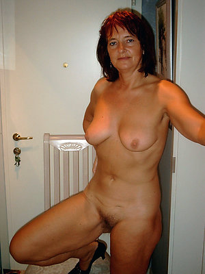 Xxx mature women nude pictures