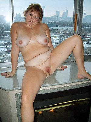 Naughty beautiful mature naked women