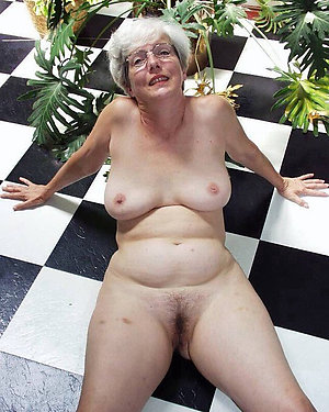 Private pics of mature natural pussy