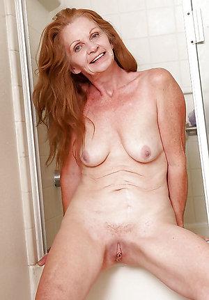 Nice Christy naked horny woman