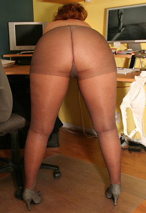 Amateur pics of matures and pantyhose