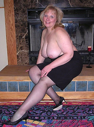 Hotties Rache mature amateur pantyhose