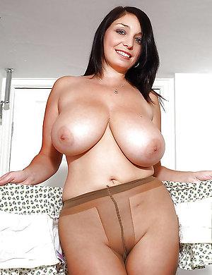 Cute hot mature pantyhose pic