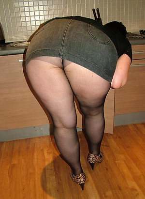 Curvaceous mature milf pantyhose sex