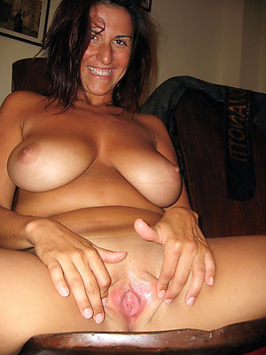 Xxx old women pussy amateur pictures