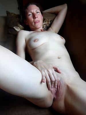 Naughty big pussy women pics