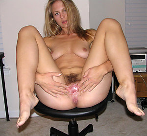 Homemade old lady pussy amateur pics