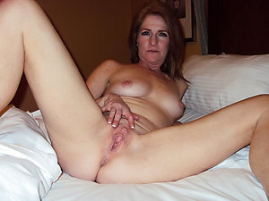 Tight mature wife pussy sex pics