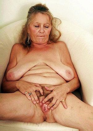 Sexy saggy tit matures xxx