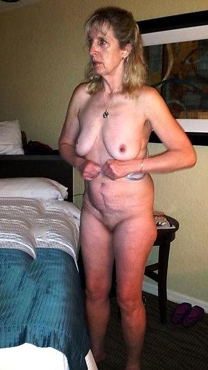Real horny mature moms saggy tits