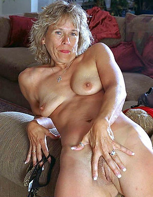 Best pics of moms with saggy tits