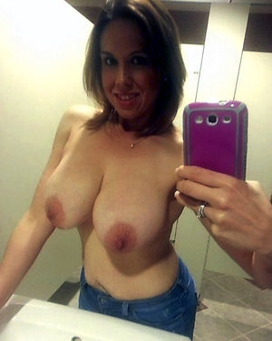 Free selfies of sexy old girls