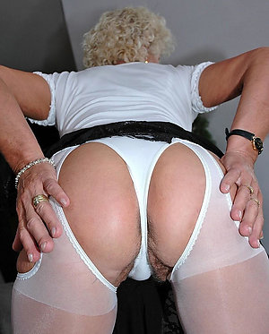 Amateur pics of sexy mature panty