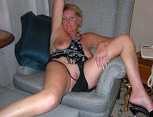 Handsome hot mature women in panties