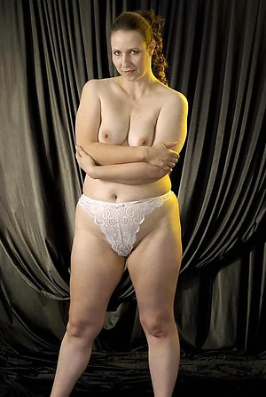 Beautiful amateur mature pantys pics