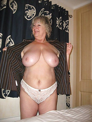 Sweet amateur mature panty pictures
