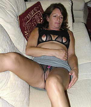 Porn pics of hot women in silk panties