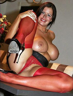 Amateur pics of women in wet panties