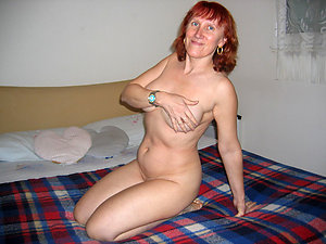Amateur pics of hot nude old redhead women