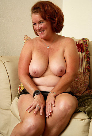 Xxx beautiful nude redhead older women
