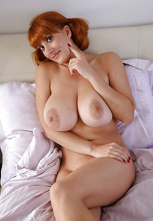 Amateur pics of sexy redhead women nude
