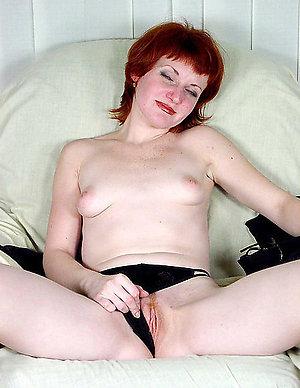 Amateur pics of mature redhead nude