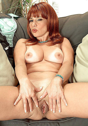 Naughty mature redheads porn pictures