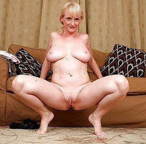 Tight shaved mature pussy sex pics